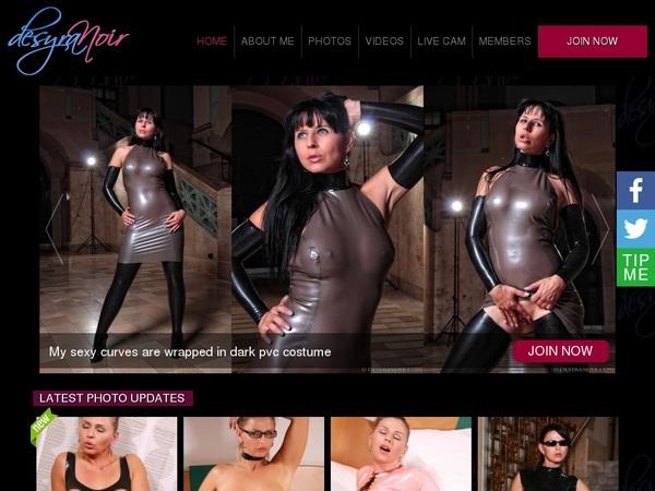 Desyra Noir Join By Check