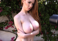 Pinupfiles.com Busty Women